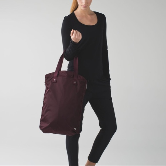 lululemon athletica Handbags - Lululemon Bring it Om Tote